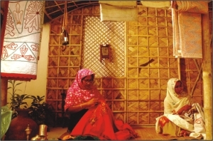 NAKSHI KANTHA EXHIBITION BY AARONG